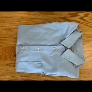 Fitted Men's dress shirt